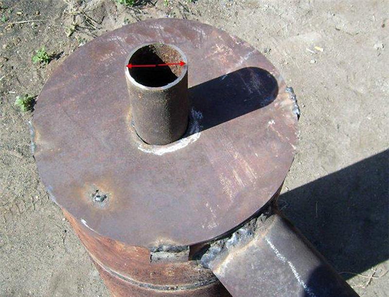 Патрубки для вывода дыма и воды