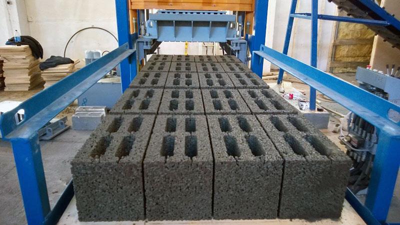 Промышленное изготовление керамзитовых кирпичей