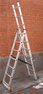 Перед тем, как приступать к работам, установите временную лестницу