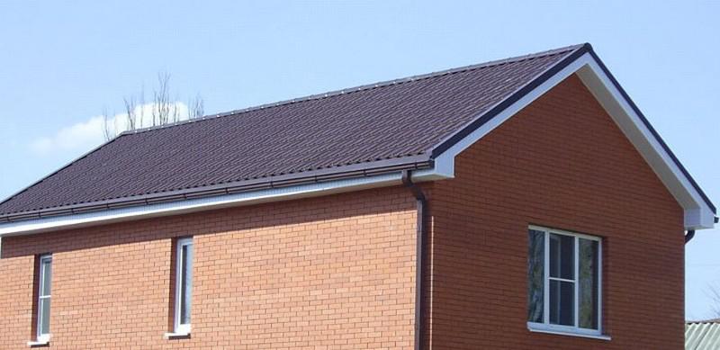 Мансардная крыша с симметричным скатом