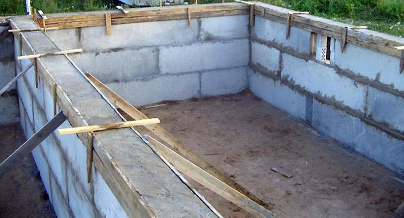 Мауэрлат с ростверком для односкатной крыши