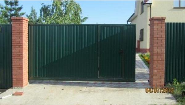 Пример гаражных ворот