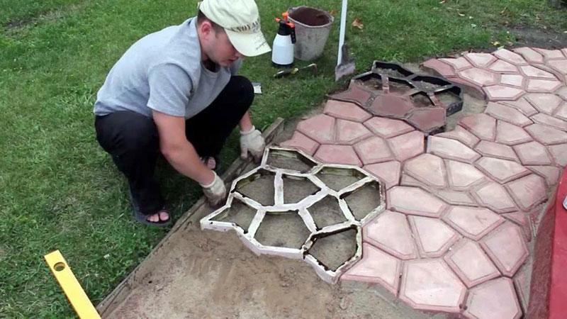 Самодельные формы для плитки на дорожку
