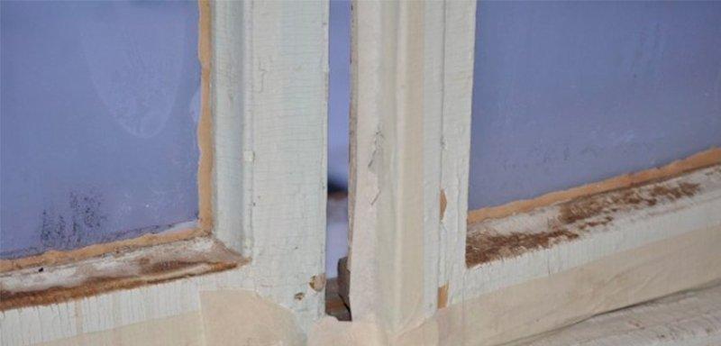 Старые деревянные окна требуют основательного утепления
