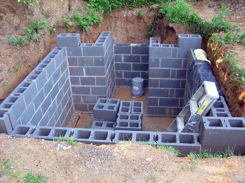 Стены погреба из пеноблоков