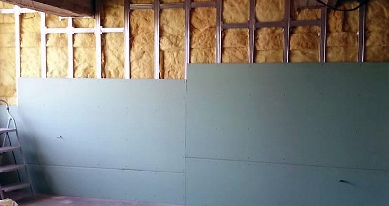 Один из способов утепления стен жилого дома изнутри