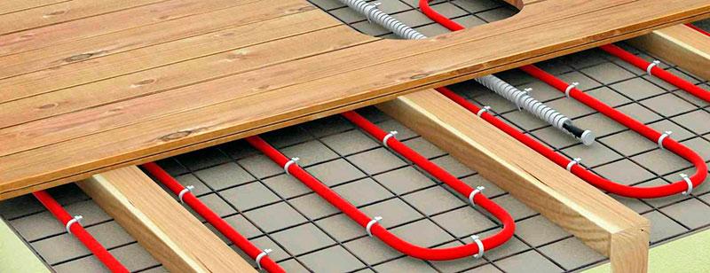 Система водяного отопления по деревянному полу