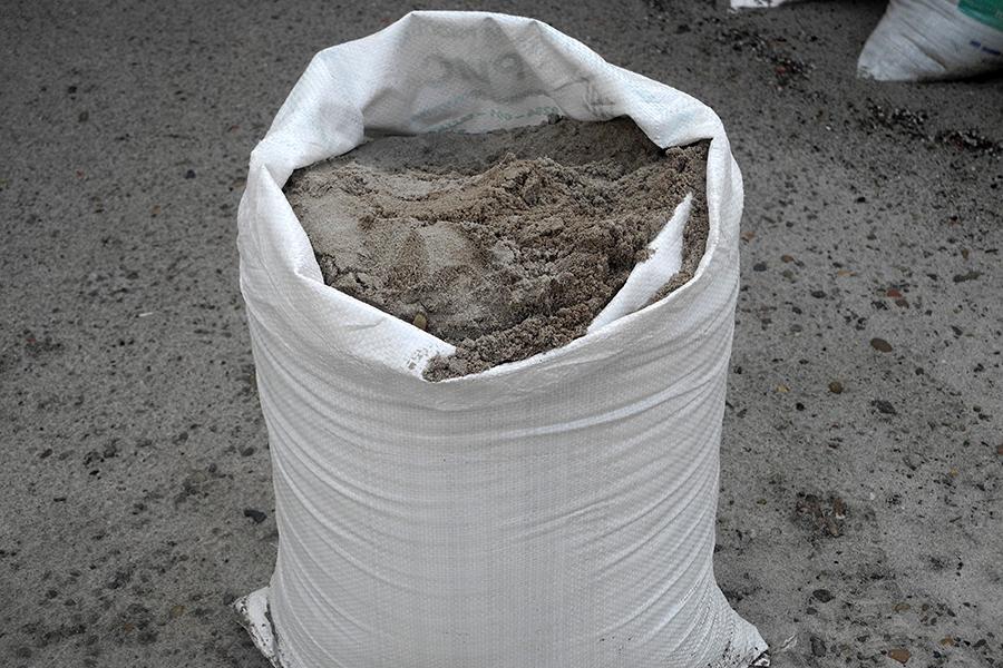 Цемент – один из компонентов бетона