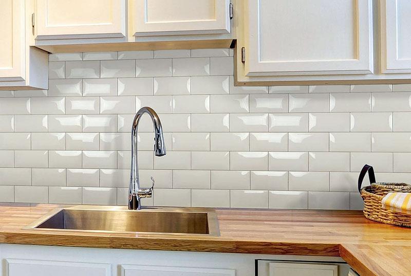 Фартук на кухне рабочей стены